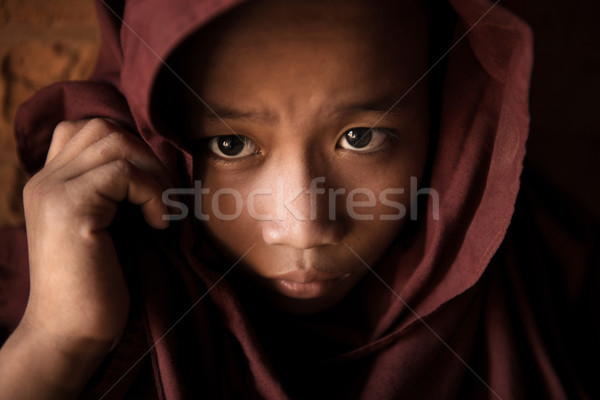 Kezdő fiatal szerzetes fedett fej férfi Stock fotó © szefei