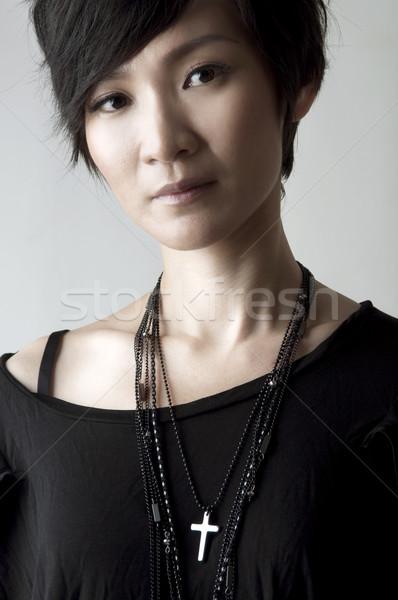 Serin kız moda güzellik anahtar portre Stok fotoğraf © szefei