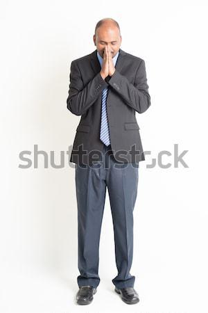 Teljes alakos érett indiai üzletember áldás imádkozik Stock fotó © szefei