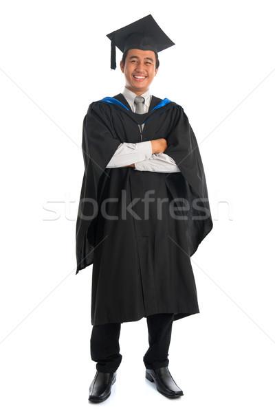 Teljes alakos egyetemi hallgató érettségi egészalakos boldog keresztbe tett kar Stock fotó © szefei