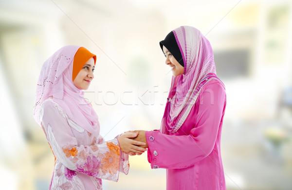 Moslim groet vrouw ander Stockfoto © szefei