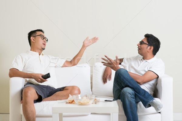 Férfi barátok veszekedik férfiak kettő barát Stock fotó © szefei