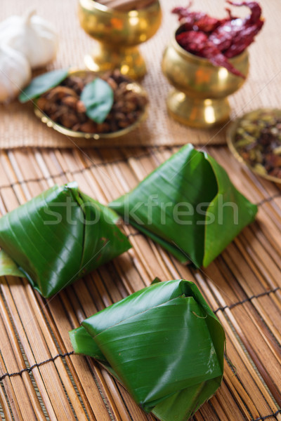 Popular Malásia comida tradicional banana folha Foto stock © szefei