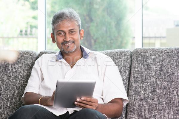Indiai érintőképernyő táblagép modern technológia érett Stock fotó © szefei