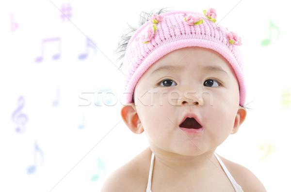 Pequeno cantora panela asiático menina cantando Foto stock © szefei