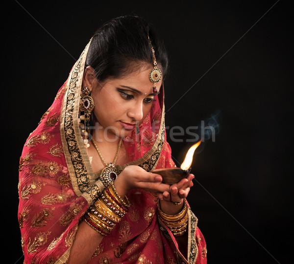 ストックフォト: ディワリ · インド · 女性 · 石油ランプ · 美しい · 小さな