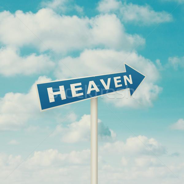 дорожный знак указывая небо Blue Sky облака Vintage Сток-фото © szefei