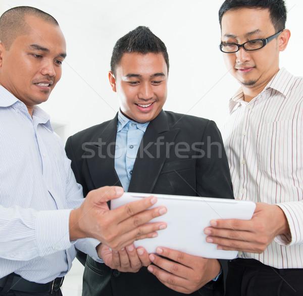 юго-восток азиатских бизнесменов обсуждение служба бизнеса Сток-фото © szefei