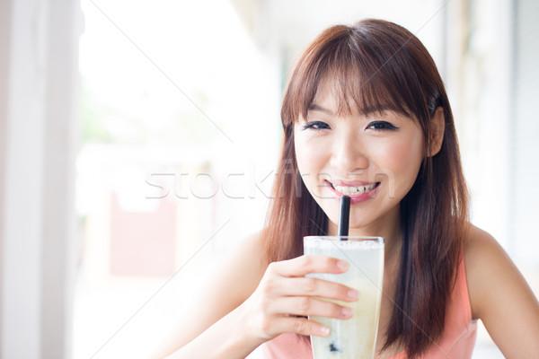 Drinken cafe asian meisje Stockfoto © szefei