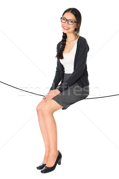 Asian Frau Sitzung Seil Foto Stock foto © szefei