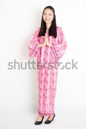 Sudeste asiático mulher saudação retrato jovem Foto stock © szefei