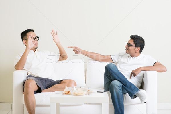 Stok fotoğraf: Erkekler · tartışma · iki · genç · erkek