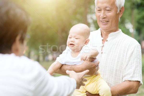 Nonni nipote esterna baby Foto d'archivio © szefei