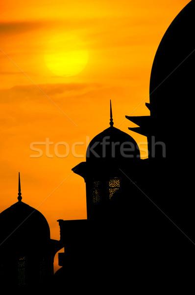 Mecset sziluett naplemente tájkép sötét Ázsia Stock fotó © szefei