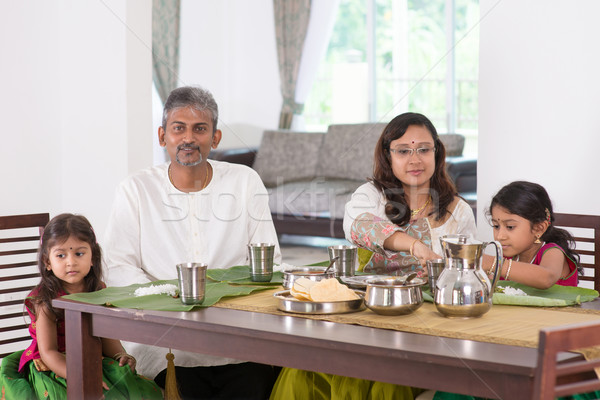 Stockfoto: Indian · familie · dining · home · foto · Indië