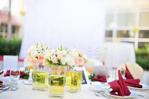 Outdoor banket bruiloft tabel ondiep bloem Stockfoto © szefei