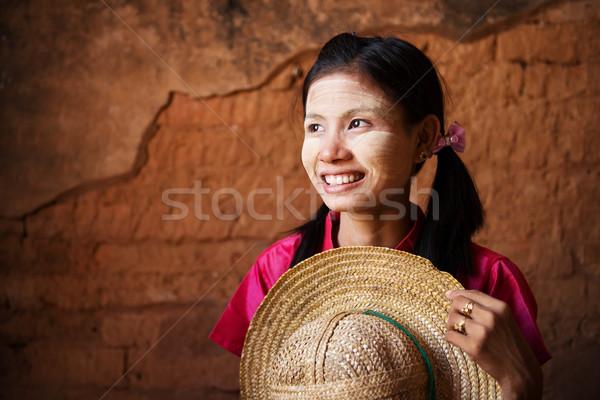 Traditioneel Myanmar meisje portret mooie Stockfoto © szefei
