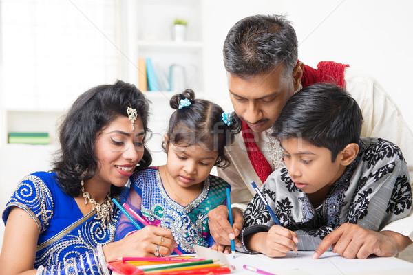 Indiai család festmény kép otthon ázsiai Stock fotó © szefei