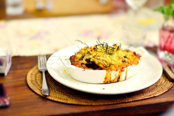 Kulübe kuzu güveç turta yemek masası hazır Stok fotoğraf © szefei