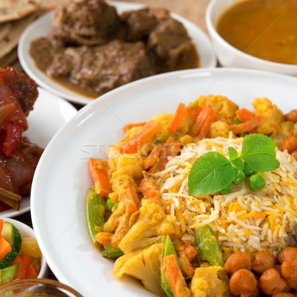 Culinária indiana arroz caril restaurante tabela frango Foto stock © szefei