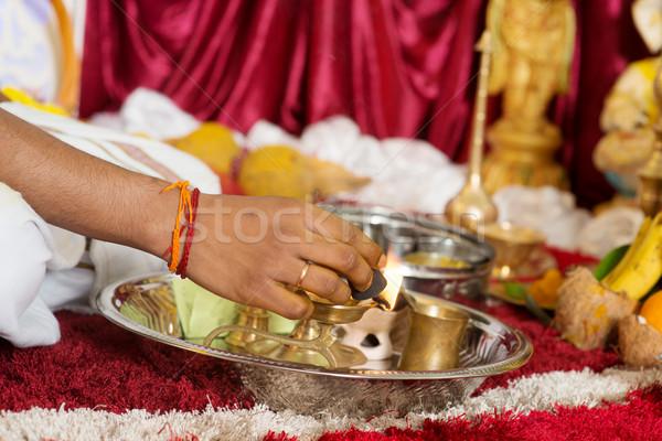 Tradicional indiano religioso oração ouvido Foto stock © szefei