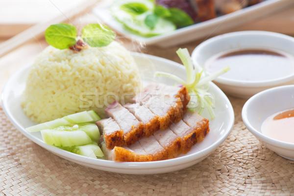 Chinese varkensvlees geserveerd sojasaus zeevruchten Stockfoto © szefei