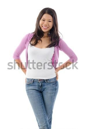 Stockfoto: Portret · asian · meisje · glimlachend · permanente · geïsoleerd