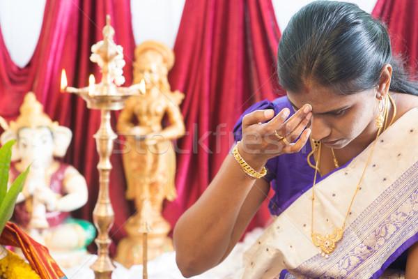 Vrouw voorhoofd indian traditioneel religieuze traditie Stockfoto © szefei