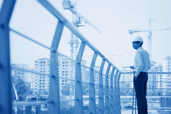 Asiático indiano arquiteto construção planta edifício Foto stock © szefei