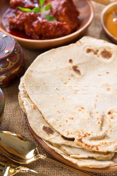Pão indiano caril de frango popular comida indiana frango Foto stock © szefei