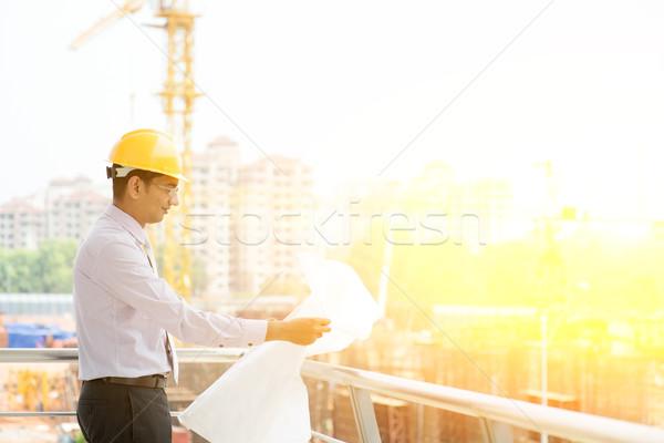 Indiai helyszín beszállító mérnök dolgozik ázsiai Stock fotó © szefei