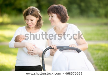 Oma moeder baby moeder grootmoeder drie Stockfoto © JamiRae