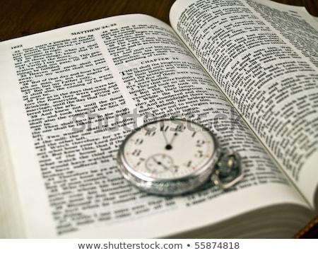 bíblia · 24 · papel · ver · cristo - foto stock © Frankljr