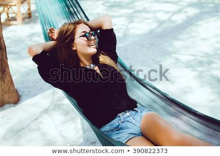 sensuelle · brunette · femme · plage · tropicale · eau - photo stock © hasloo