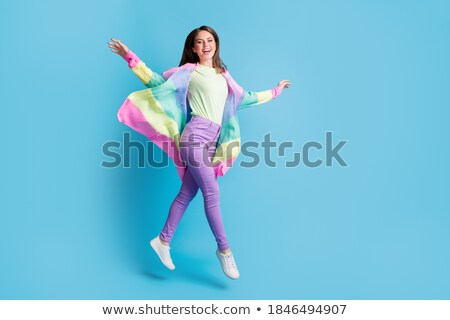 jeunes · belle · brunette · longues · jambes · sautant · air - photo stock © danielkrol