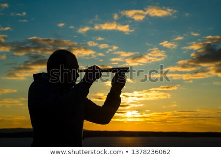 fixo · tiro · com · arco · alcance · preto · lente - foto stock © vaximilian