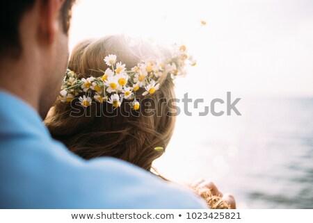 Femme fleurs cheveux belle jeune femme Photo stock © gromovataya