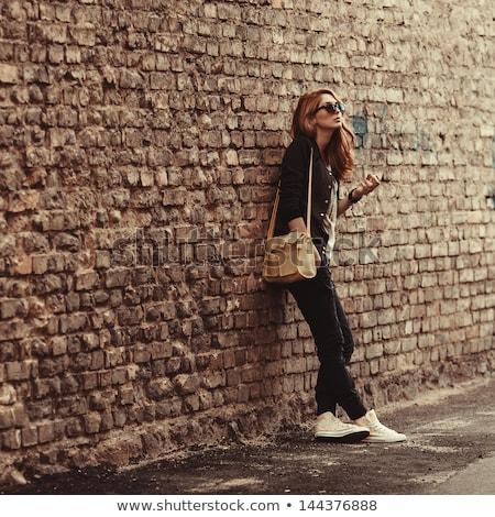 Attrattivo piedi sigaretta foto esterna Foto d'archivio © deandrobot