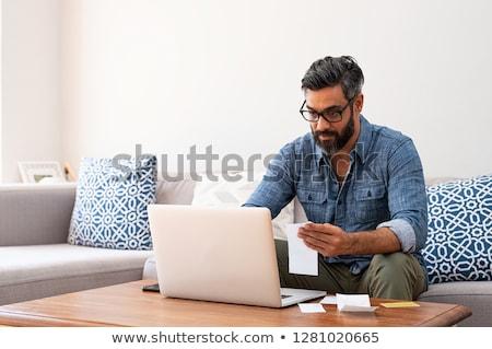 zakenman · met · behulp · van · laptop · computer · laptop · werken - stockfoto © monkey_business