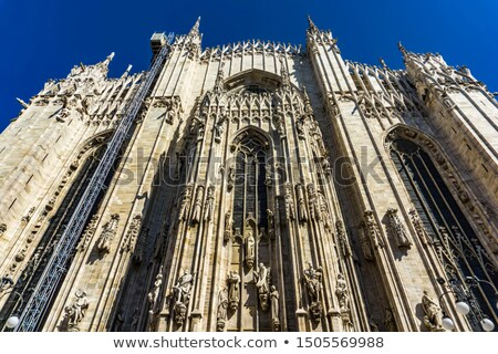 Vista lateral parede milan catedral Itália céu Foto stock © boggy