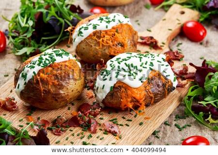 Domowej roboty całość ziemniaki masło rozmaryn Zdjęcia stock © dash