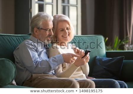 starszy · para · za · pomocą · laptopa · domu · komputera · kobieta · człowiek - zdjęcia stock © photography33