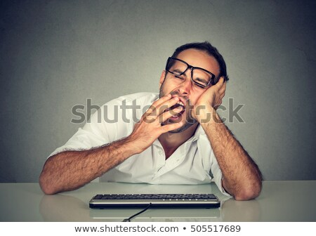 Fáradt álmos férfi számítógép kopasz felnőtt Stock fotó © stevanovicigor