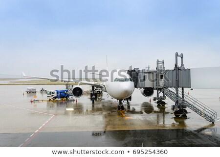 vliegtuigen · poort · positie · verf · reizen · vliegtuig - stockfoto © meinzahn
