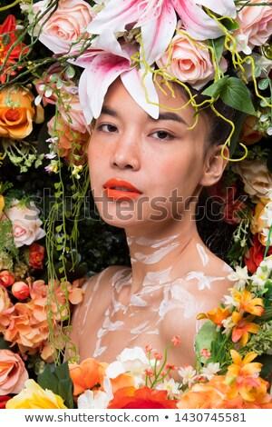 jeune · fille · couronne · Rose · Red · célébrer · première - photo stock © BigKnell