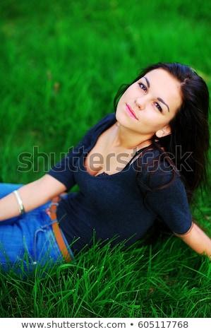 Vonzó fiatal nő blúz mély nyakkivágás hátulnézet Stock fotó © deandrobot