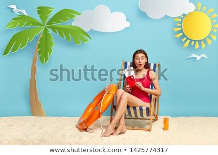 Genç kız oturma plaj çocuk güzellik Stok fotoğraf © IS2
