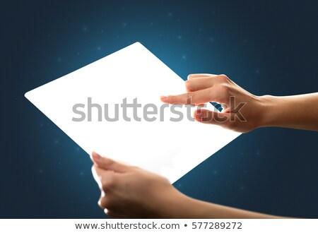 vingers · aanraken · tablet · charts · vrouwelijke · handen - stockfoto © ra2studio