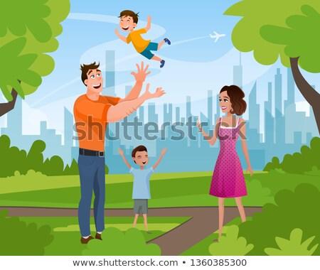 Familia pie las manos en alto ciudad parque vector Foto stock © robuart