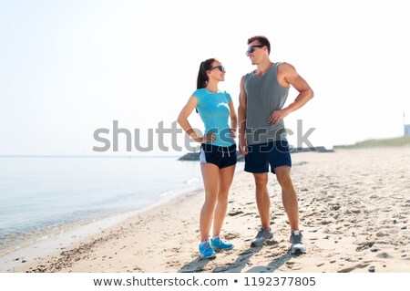 счастливым · пару · спортивных · одежды · пляж · фитнес - Сток-фото © dolgachov